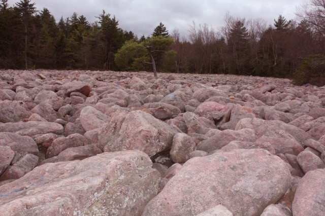 Hickory Run Boulder Field: A Pyroclastic flow of comet-debris impact boulders facilitated by the shear-thinning properties of phylosilicates